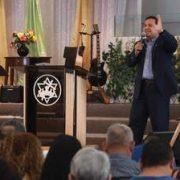Sermones Cristianos del Pastor Emerson Cardona - Iglesia El Redentor