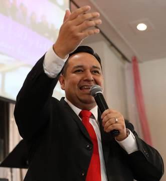 Pastor Emerson Cardona - Iglesia El Redentor